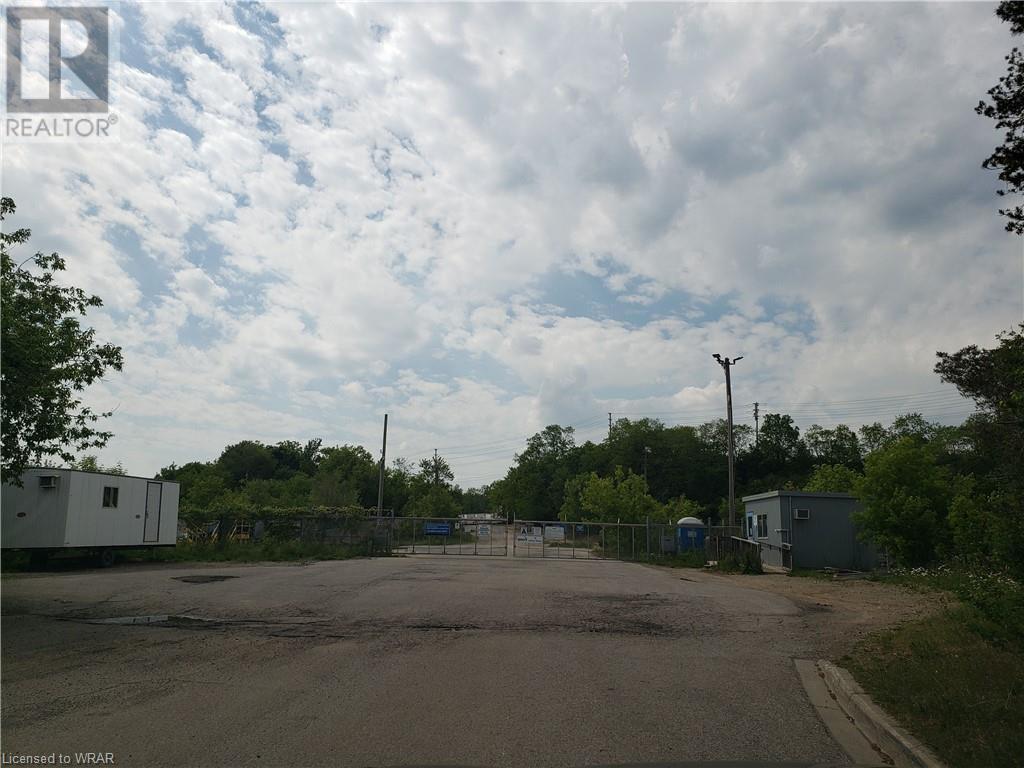 85 Jaffray Street, Cambridge, Ontario N1R 3H9 - Photo 3 - 40123102